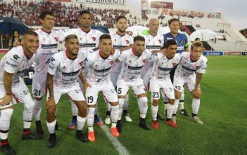 Superliga: de local Patronato goleó por 3 a 0 a Chacarita